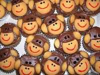 cupcakes...sock monkey party