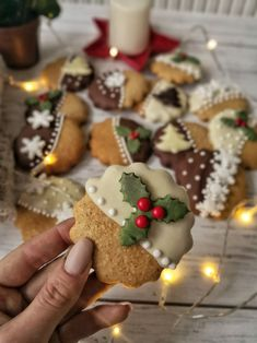 DÉDI FÉLE, AZONNAL PUHA MÉZESKALÁCS – DOLCE FAR NIENTE Christmas Sweets, Christmas Baking, Hungarian Cake, Eat Pray Love, Creative Cakes, Winter Food, Gingerbread Cookies, Cookie Recipes, Food And Drink