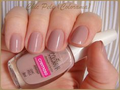 Nail polish: Chic Pele, Colorama