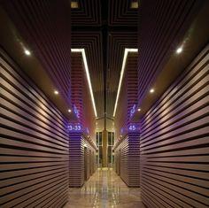 R+F Tower Guangzhou / Lift Lobby