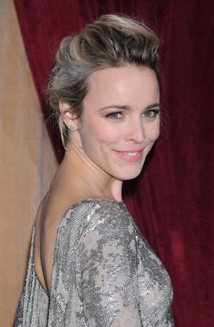 Rachel McAdams dazzled on the red carpet in LA last night for the ...