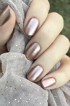 Sally Hansen's Terra Coppa nail polish is one of the best selling drugstore nail polish shades. You need to get this beauty junkie buy NOW