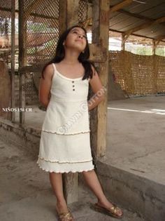 Weißes #Mädchen #Trägerkleid, #ökologische #Pima #Baumwolle, für Kinder vom 5. bis zum 10. Lebensjahr Unsere verarbeitete Pima Baumwolle ist naturbelassen und nicht chemisch gefärbt. Natürliche #Mode, freundlich zur Haut Ihres #Kindes und der Umwelt, aus #Peru