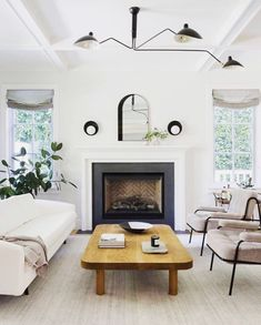 101 Fabulous Modern Living Room Lighting That Will Make Home Beautiful - Living room is definitely one of the most important rooms of the house and lighting in this room plays a major role in its overall appearance and func. Living Room Lighting, Living Room Decor, Living Rooms, Living Spaces, Rental Makeover, Black And White Living Room, Pretty Room, Fireplace Design, Brick Fireplace Decor