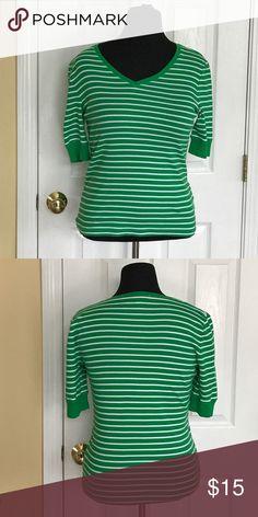 Jones New York Sport Large shirt Cute green/white stripe 3/4 sleeve shirt. 100% Cotton Jones New York Tops