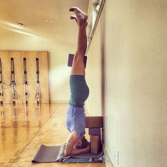 "74 Likes, 3 Comments - Melissa Lorraine Hagen (@elegantganeshayoga) on Instagram: ""Day 11 of #gurupurnima2017 ✨#sirsasana #salambasirasana ✨Every #headstand is a test. Am I on the…"""