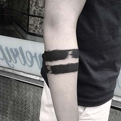 two bold line armband tattoo kalın şerit kol bandı dövmesi