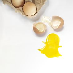 #socialnetwork #snapchat #brokeneggs #ghost #smm #inspiration #dm #storytelling #socialmedia #networking #app #olivierfoulon #stilllifephoto