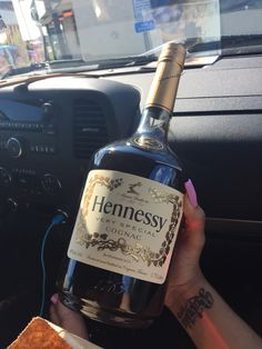 ♀ Satan [Jesus]... Alkhemically [Magically] turned Water into Hennessy [Wine] ♀