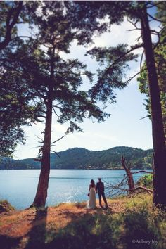 ❤️Taking in the view. Wedding Highlights » Northwest, Seattle, Bellingham, Vancouver, Orcas Island Wedding Photography