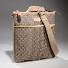 24 melhores imagens de bolsas   Bags, Fashion handbags e Shoes 8bdf99ce77