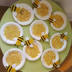 Bee Crafts For Kids Crafts For Seniors Toddler Crafts Art For Kids Healthy Schools Summer Art Summer Crafts Easter Art Stories For Kids Bee Crafts For Kids, Bug Crafts, Valentine Crafts For Kids, Daycare Crafts, Summer Crafts, Toddler Crafts, Art For Kids, Bee Activities, Preschool Activities