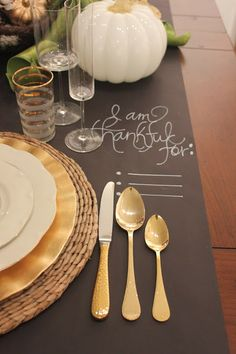A decorative placemat gives guests a topic of conversation and get them into the #Thanksgiving spirit!