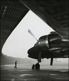 HERBERT LIST  Berlin. Airport Berlin Tempelhof. 1952    source : http://undr.tumblr.com/post/42569881218/herbert-list-berlin-airport-berlin-tempelhof