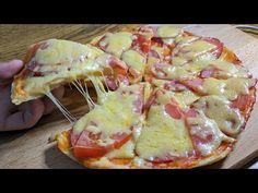 Pizza na panvici 10 minút - iba 6 lyžíc múky a kyslej smotany: Vychválila ju celá rodina! Hawaiian Pizza, Ketchup, Potato Salad, Food And Drink, Sweets, Healthy, Ethnic Recipes, Youtube, Hampers