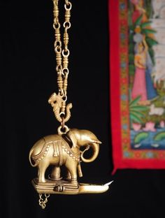 Elephant Hanging Brass Lamp Antique Lamps, Antique Decor, Antique Brass, Ethnic Home Decor, Indian Home Decor, Indian Lamps, Indian Interiors, Temple Design, Brass Lamp
