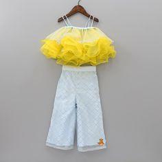 Baby Girl Frocks, Baby Girl Party Dresses, Frocks For Girls, Dresses Kids Girl, Girls Frock Design, Baby Dress Design, Baby Girl Dress Patterns, Baby Frocks Designs, Kids Frocks Design