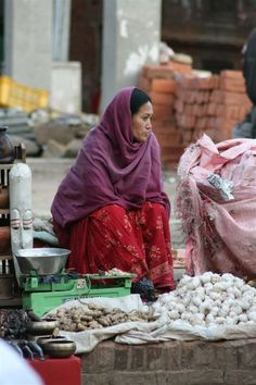 Selling Garlic and Ginger on the Market