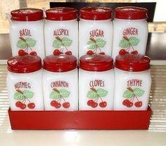 Vintage Fire King Cherry Design 8 Spice Jar Set y Spice Rack Very Nice Set Cherry Kitchen, Red Kitchen, Kitchen Items, Kitchen Stuff, Kitchen Utensils, Vintage Kitchenware, Vintage Dishes, Vintage Glassware, Vintage Pyrex