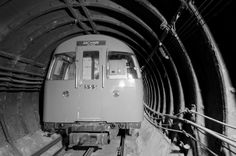 Underground London: abandoned tube stations and tunnels – in pictures Old London, Vintage London, London City, London Underground Train, London Underground Stations, Underground Map, Underground Tattoo, Tube Train, London History