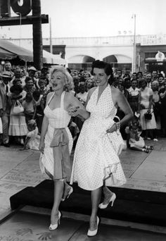 Marilyn and Jane Russell, 1953