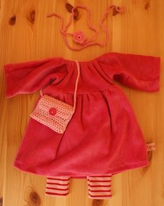 Doll Outfit Lucia in Pink by Mariengold, via Flickr
