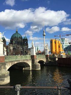 Berlin - alt bis neu... Taj Mahal, Berlin, Building, Travel, Landscapes, City, Viajes, Buildings, Destinations