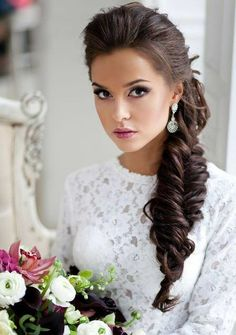 20 classy hairstyles for wedding guests. Top 20 hairstyles to wear at a wedding. Guest hairstyles for every kind of wedding.