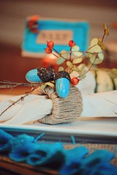 Painted Acorns with Tattered Angels High Impact Paint - make nature the color you want it to be #DIYholidaytable