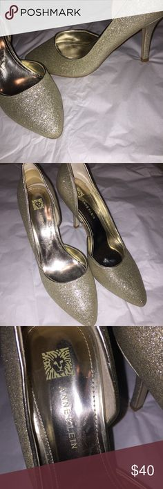"""ANNE KLEIN GOLD SPARKLE BRIDAL HEEL ⋅Anne Klein gold sparkly bridal heels  ⋅3.5"""" heel ⋅Worn, ONE time for a wedding. Excellent used condition. ⋅One mark on inside heel (as photographed) ⋅Size: 7.5M  Great addition to your shoe collection! The sparkle on these heels are to die for! Anne Klein Shoes Heels"""