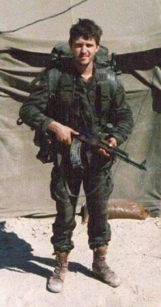 Hermann Carstens the last South African operator killed in action during the Angolan War period April 1989 Army Pics, Killed In Action, Modern Warfare, Special Forces, Military History, Armed Forces, Troops, South Africa, African