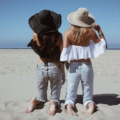 ╰☆╮Boho chic bohemian boho style hippy hippie chic bohème vibe gypsy fashion indie folk the . Estilo Jeans, Estilo Boho, Look 2015, Boutique Fashion, Mode Jeans, Moda Boho, Mode Outfits, Outfits 2016, Revolve Clothing