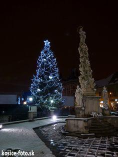 Christmas in Košice All Things Christmas, Around The Worlds, Holiday Decor, Historia, Xmas