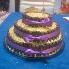 Kit Kat Pastry Cream Hazelnut Cake