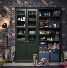 ¡Apuesta por el verde con LIATORP y ganarás!  (149€) Liatorp, Bedroom Color Schemes, Bedroom Colors, Home Office Layouts, Lovely Apartments, Backyard Office, Coffee Bar Home, Ikea Home, Living Room Storage