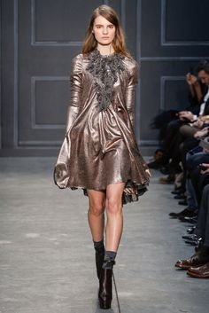 Vera Wang Fall 2014 Ready-to-Wear - Collection - Gallery - Style.com