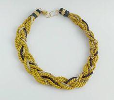 Žltý špagátový náhrdelník s retiazkou