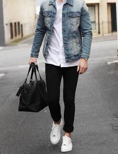 layered for casual workday // gym bag // mens fashion // menswear // urban men // city life // boys // watches // mens accessories //