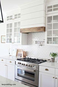 40 rustic farmhouse kitchen design ideas (11)