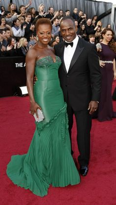 Viola Davis and Julius Tennon Oscar Photo, Oscars 2012, Viola Davis, Evening Dresses, Formal Dresses, Hot Couples, Black Families, Black Star, Red Carpet Fashion