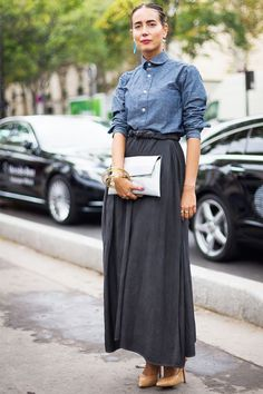20 outfits that look best with a black maxi skirt fashion на Long Black Skirt Outfit, Winter Skirt Outfit, Maxi Skirt Black, Mini Skirt, Outfit Summer, Maxi Skirt Style, Denim Skirt Outfits, Maxi Outfits, Formal Outfits