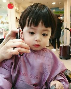Image may contain: 1 person, child and closeup Cute Baby Boy, Cute Little Baby, Lil Baby, Little Babies, Cute Kids, Baby Kids, Cute Asian Babies, Korean Babies, Asian Kids