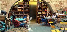 Mescladís: El Bar Solidario del Born