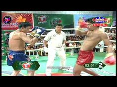Phong Sopys Vs. Pun Sophoun, Khmer Boxing, Seatv Boxing, 31 December 2016 For more boxing Videos Download Android App: https://play.google.com/store/apps/details?id=com.khmeronlines.sarann.worldboxingvideos please like or follow the page!