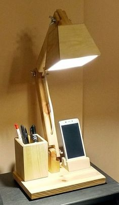 Lamps Light Cartoon - Glow In The Dark Lava Lamps - Teal Lamps Living Room - Wooden Lamps Plywood - - Rustic Lamps Roof Wooden Desk Lamp, Table Lamp Wood, Into The Woods, Creation Deco, Rustic Lamps, Office Lighting, Lighting Ideas, Cool Lamps, Diy Wood Projects