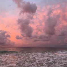 Light pink clouds on a calm and beautiful sea. Pretty Sky, Beautiful Sky, Beautiful Places, Sky Aesthetic, Pink Sky, Pink Clouds, Aesthetic Pictures, Pretty Pictures, Aesthetic Wallpapers