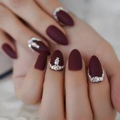 Stiletto Nails, Matte Nails, Gel Nails, Nail Art Designs, Design Art, Nagel Bling, Wine Nails, Nagellack Design, Burgundy Nails