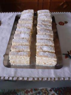 Szalalkális krémes, édesanyám gyakran készítette gyerekkoromban! - Egyszerű Gyors Receptek Krispie Treats, Rice Krispies, Hungarian Cake, Winter Food, Sweets, Baking, Recipes, Dios, Gummi Candy