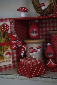 La maison du Petit Chaperon Rouge by Les photos de Vero, via Flickr