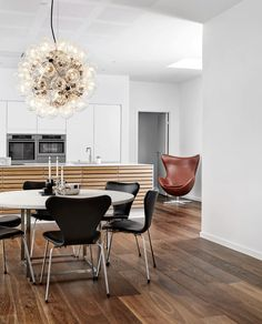 Styling inspiration for fans of iconic Danish designs. Danish Interior Design, Danish Design, Interior Styling, Dining Room Design, Dining Room Table, Dining Area, Traditional Chairs, Room Interior, Interior Architecture